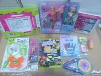 Restposten 11x Kinder Spielzeug Puppe Zauber Tafel Springseil Mädchen Paket Set