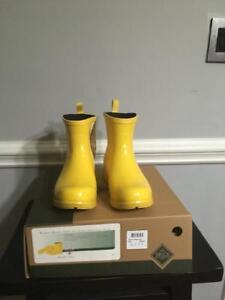 Womens Muck Yellow Rain Boot WBA-800 size 7