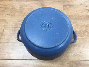 Le Creuset Blue Cast Iron Casserole Pot Size 20. See Photos. Damage / Repairable