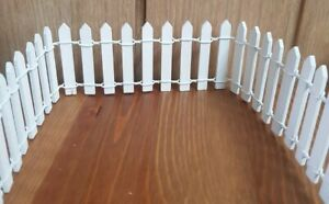 Dolls House Picket Fencing Fence 1:12 scale White Wood Bendable 5cm tall x 98cm