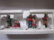 Dept 56 CAROLING THRU THE CITY  set of 3 Christmas in the City #55484 (c2:15&CT)
