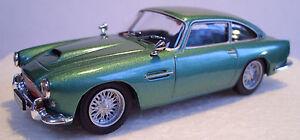 D Agostini - Aston Martin DB4 Coupe Metallic Green 1/43 Scale New Bubble Pack