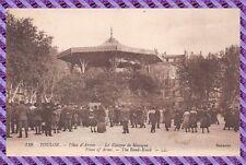 Carte Postale TOULON Place d'Armes le kiosque a musique