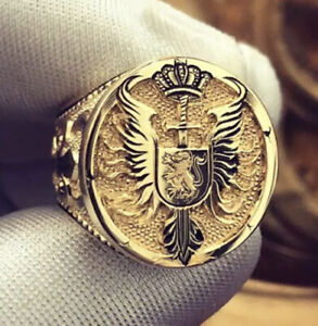 Lion King Of England Gold Mens Ring