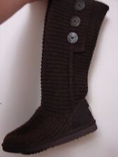 Authentic UGG Classic Cardi boots sweater knit 5819 size 5