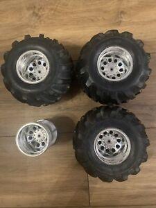 Vintage Tamiya Juggernaut Wheels Tyres Radio Controlled Monster Truck Clodbuster