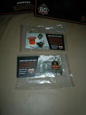 WILLIE McCOVEY & CABLE CAR - San Francisco Giants - JR. Giants Glove Drive Pins
