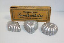 Vintage Set 24 Sandbakbel Tart Molds In Box 3 Shapes