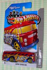 2013  Hot Wheels HW City Surfin' School Bus #31/250  btwbd  r