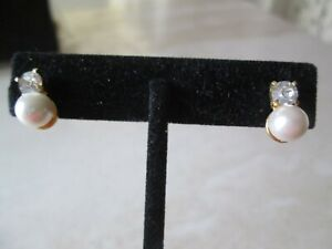 AVON VINTAGE*RHINESTONE & PEARL PIERCED EARRINGS W/SURGICAL STEEL POSTS*NEW*