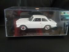 Alfa Romeo Giulia GT 1300 Junior 1966  1/24 Scale Diecast model car