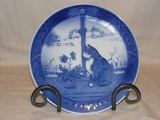 1970 Royal Copenhagen Christmas Rose and Cat Plate with Holder