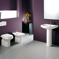 Sanitari in ceramica a pavimento vaso completo di sedile bidet lavabo e colonna