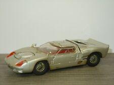 Ford 40RV - Dinky Toys 132 England *41835