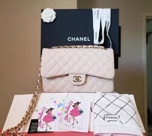 Chanel jumbo beige Clair caviar gold hardware bag