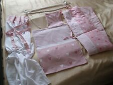 Duscher: Baby Nestchen, Himmel, Bettset (Bett- + Kissenbezug). + Stange (Roller)