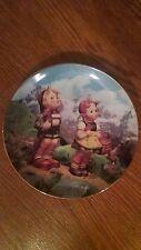 Little Explorers - Hummel Little Companions 8 Inch Collector Plate