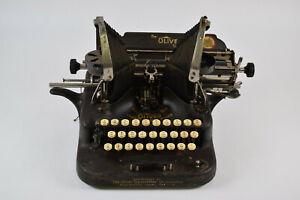 Antique Oliver Typewriter No. 5 Standard Visible Writer