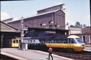 M-10 35mm Orginal Railway Slide HST 125 Intercity 253028 power car 43125 on Corn