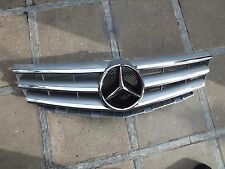 Original Mercedes Grill A Klasse Class A1698881360  W 169 W169 Kühlergrill NEU