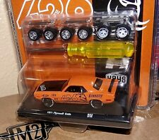 M2 Machines Auto Wheels O'Reilly's Exclusive 1971 Plymouth Cuda 426 Crate Mopar