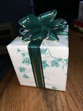 """Musical Treasures Gift Music Box Beautiful Wrapped """"When Irish Eyes Are Smiling�"""