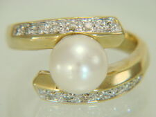 14k Yellow Gold Cultured Pearl & Natural Diamond Ring Size 6