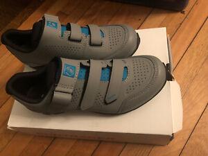 New BONTRAGER Adorn Mountain Shoes 39EU; 40EU; 41EU; 42EU -- Color Gravel/Teal