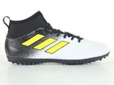 Scarpe da calcio bianchi marca adidas Numero 40,5
