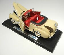 """Welly Diecast 1941 Chevrolet Special Deluxe, 1/18 Scale, 11"""" Long"""