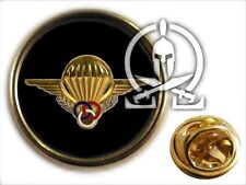 "Pin's "" MONITEUR PARACHUTISTE "" TAP para SAUT instruction ETAP CHUTEUR OPS CRAP"