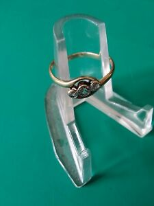 Vintage 9ct Gold Ring with Platinum Mounted Paste Stones( diamonds) x 3. Tested.
