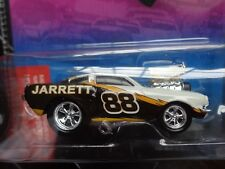 1966 FORD MUSTANG FASTBACK DALE JARRETT #88 MUSCLE MACHINES ACTION 1/64 NEW