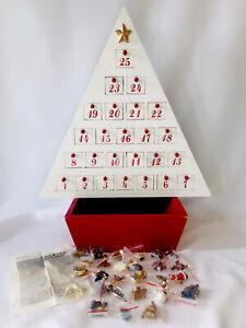 "Vtg Members Mark Christmas Advent Calendar Wood w/ 25 Doors Ornaments 24"" Tall"