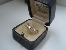 GORGEOUS 9CT GOLD SIMULATED DIAMOND TRILOGY THREE STONE ENGAGEMENT RING SIZE O 7