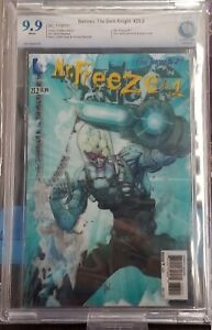 BATMAN: THE DARK KNIGHT #23.2 *Graded CBCS 9.9!* 3-D LENTICULAR COVER MR. FREEZE