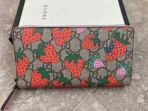 Gucci women wallet Strawberry Canvas Long Zip Wallet Made in Italy Genuine