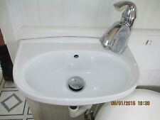 VERY SMALL WHITE PORCELAIN BATHROOM SINK W/ WALL MOUNT BRACKET & FAUCET