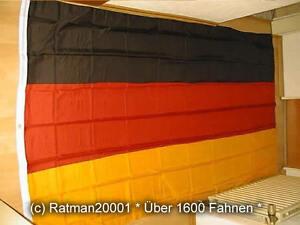 Fahne Flagge Deutschland Supergroß XXL mit Ösen - 300 x 500 cm