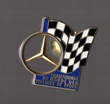 Pin's mercedes - championnat du monde voitures de sport (signé Arthus Bertrand)