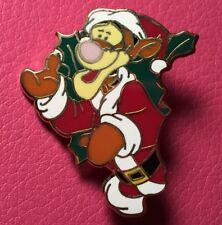 Disney Pin - Tigger Christmas Holly Wreath 12 Months of Magic