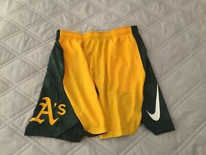 Nike Oakland Athletics A's Authentic Collection Team DriFit Baseball Shorts Sz L