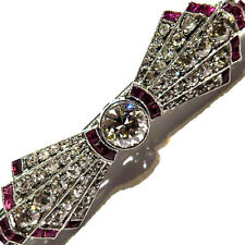 PLATINUM RUBY DIAMOND BOW BAR BROOCH | 1.55 CTW OF I/SI DIAMONDS