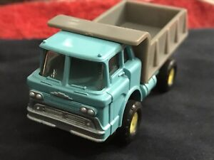 #1362 MACK TRUCK ** NOS ** TURQUOISE CAB GRAY BOX * NOS CLOSED RIVET CHASSIS *