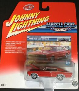 JOHNNY LIGHTNING - Muscle Cars USA 1966 Dodge Charger Jack & Terri Ulrich's