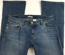 Levi's Women's 542 Casual Modern Fashion Low Flare Jeans Size 16 M