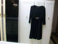 Jones New York Black Stretchy Comfy V-Neck Dress 14 Gem Stone Nice Condition