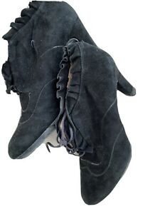 Unisa  Black Lace Up Genuine Suede Women's Ankle Boots - Size 39. Worn Once