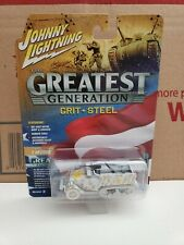 Johnny Lightning WWII M2 HALF-TRACK THE GREATEST GENERATION WHITE LIGHTNING