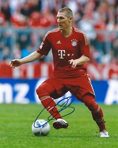 Bastian Schweinsteiger Signed 8x10 Photo FC Bayern Munich Autographed COA B